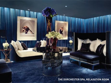 Dark opulent relaxing spa relaxation room in Dorchester Hotel