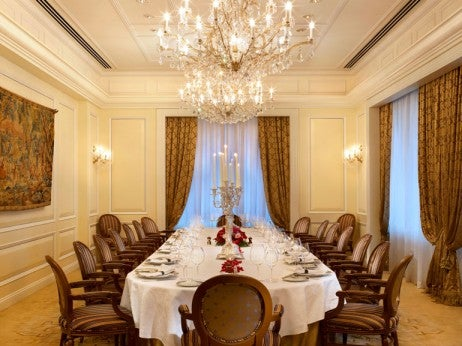 The 10 best restaurants in hong kong elite traveler page 2 for Best private dining rooms hong kong