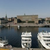 Pleasure Cruisers Moored In Front Of The Lydmar Hotel