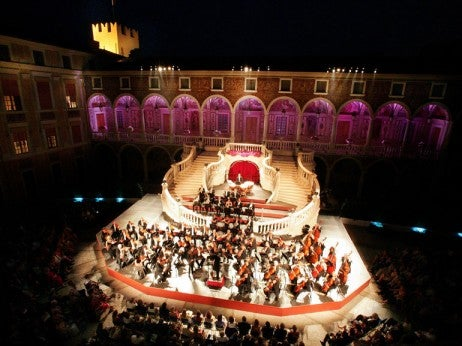MONTE CArLO PHILHArMONIC OrCHESTrA IN THE PrINCE'S PALACE