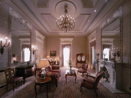 LIVING ROOM, ROYAL SUITE