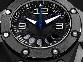 Linde Werdelin Oktopus II Moon Dive Watch