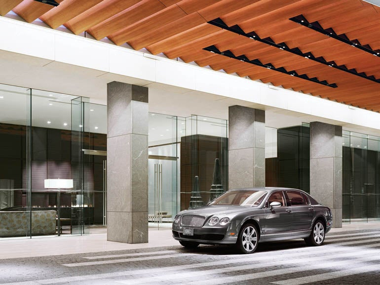 Bentley motors and st regis offer coastal california for Luxury motors of bay area