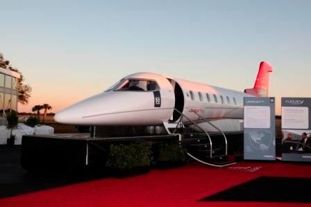 Bombardier-Learjet-85-mock-up