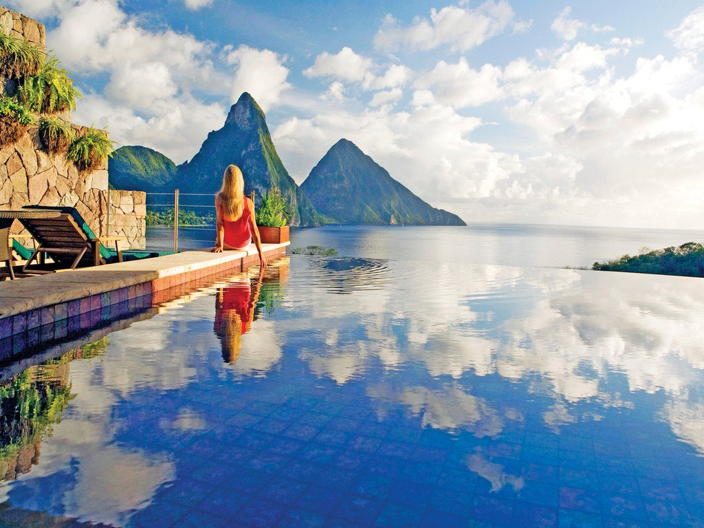 The 10 Best Infinity Pools in the World | Elite Traveler