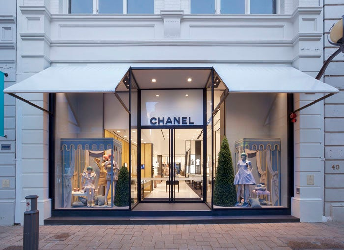 Amazing chanel stores that you must visit elite traveler for Fashion valley jewelry stores