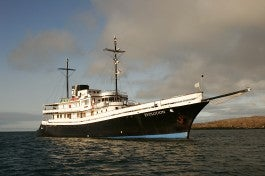M/V Evolution / Quasar Expeditions