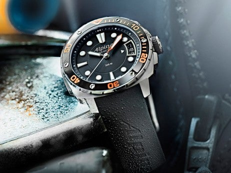 alpina_Geneve_Extreme_Diver_300_Orange resized