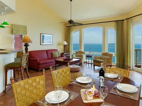 Living and Dining Area / Presidential Villa