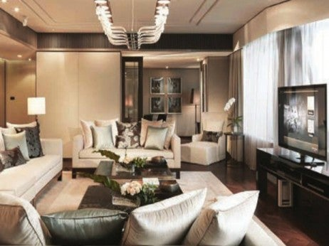 Living Room / Imperial Suite