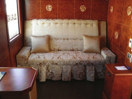 Belle Époque-Style Cabin / Superior Suite