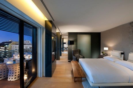 barcelona-suite-terrace-suite-bedroom-1