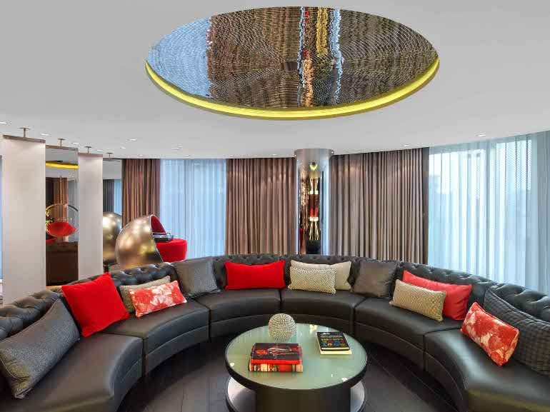 extreme wow suite / w london – leicester square
