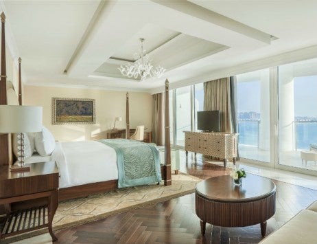 Waldorf Astoria Dubai Palm Jumeirah May2014 Presidential Suite Master Bedroom 725x557