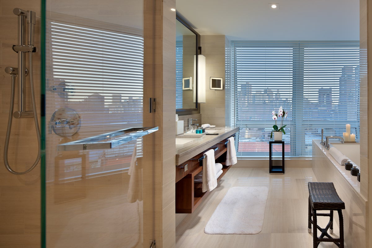 Langham place fifth avenue elite traveler for Spa vacations near nyc