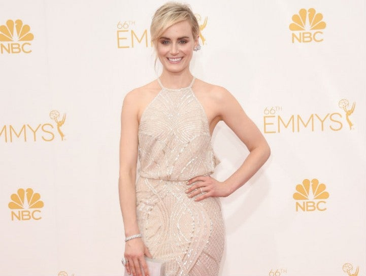 Taylor Schilling wears Forevemark at the 2014 Emmy Awards 725x557