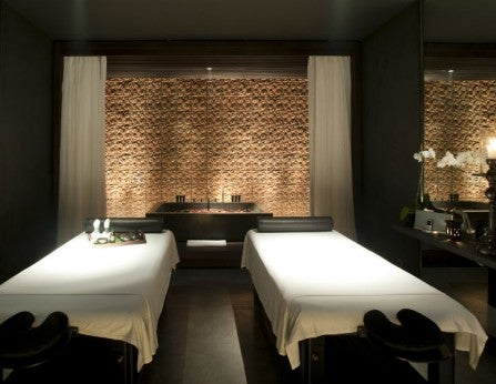 alilavillassoori-spa-treatment-room-2 725