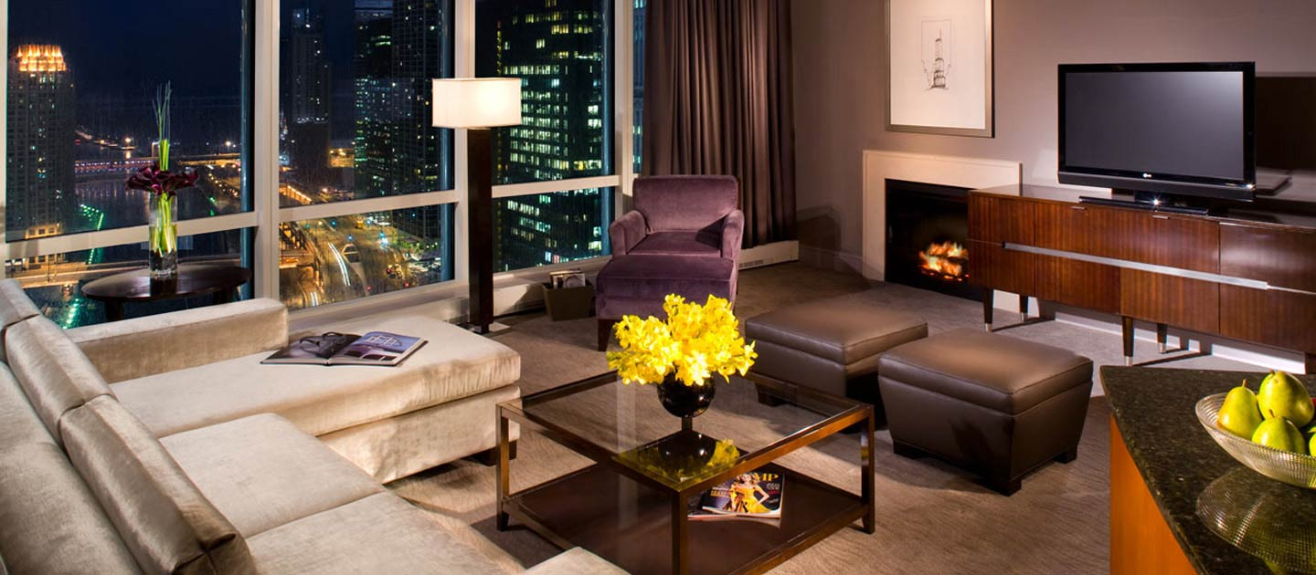 chicago-trump-living-room-2