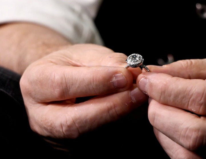 How-to Pick an Engagement Ring