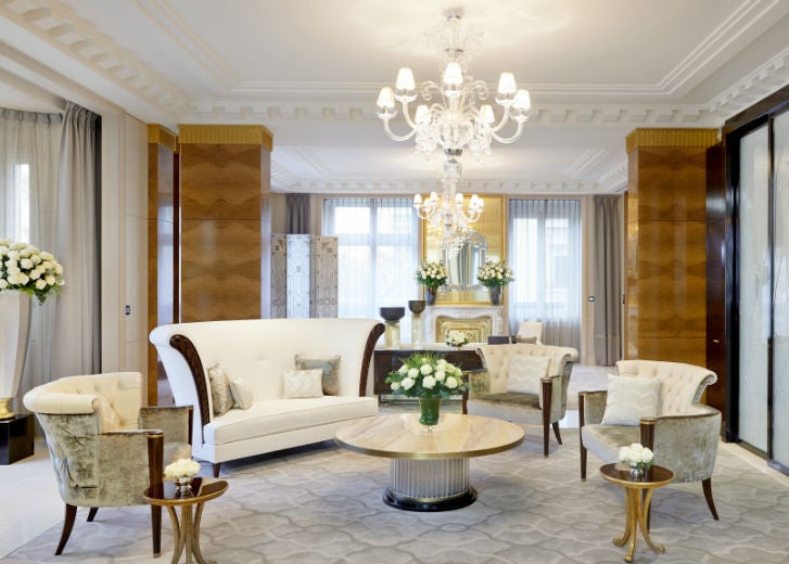 Peninsula Suite - Living Room (1)