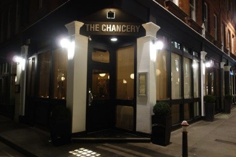 andy-hayler-chancery-outside-w709-h532
