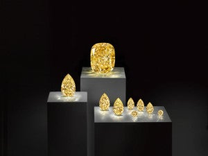 Golden Empress with satellite stones 725