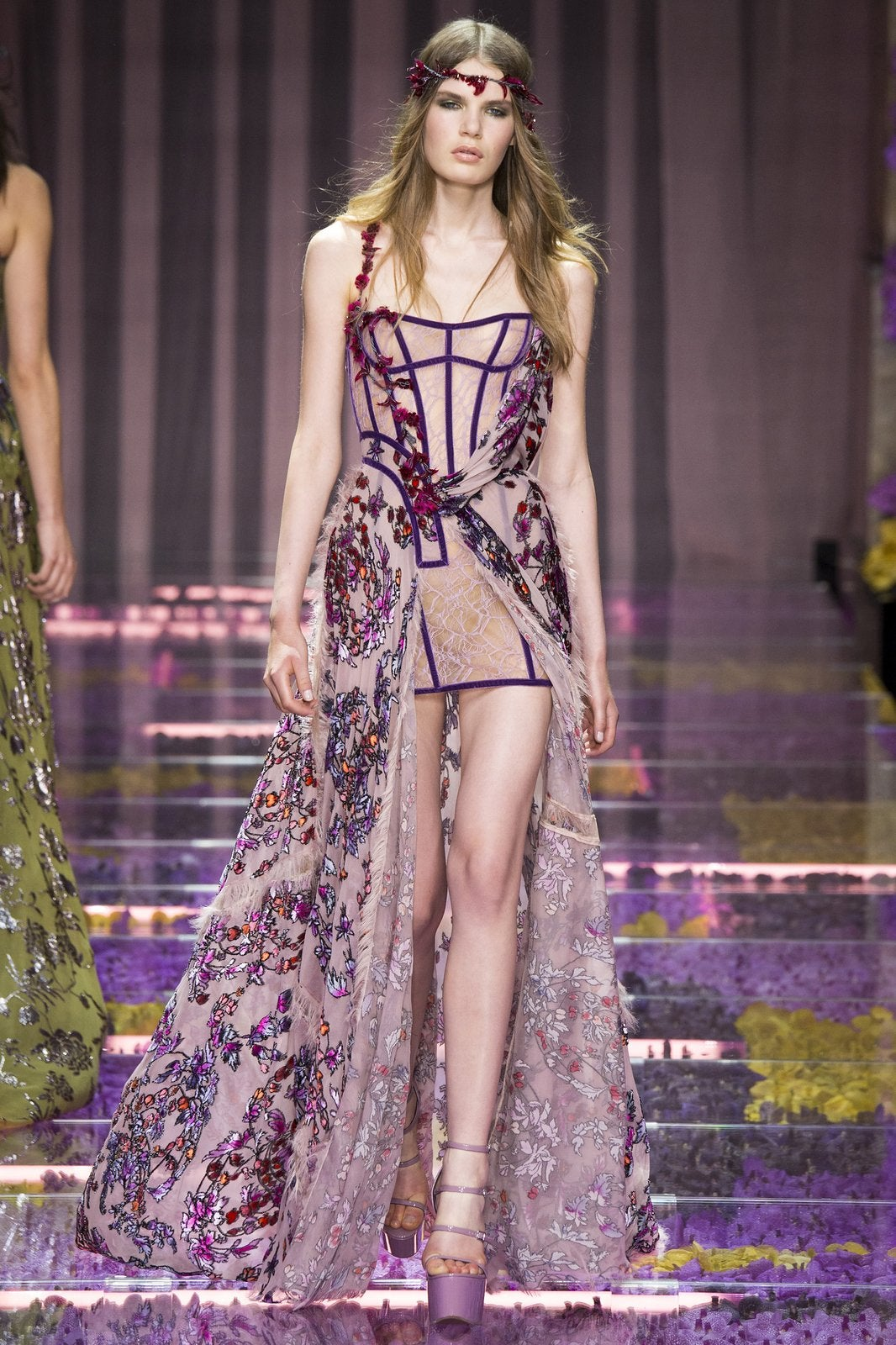 versace-couture-fall-2015-16