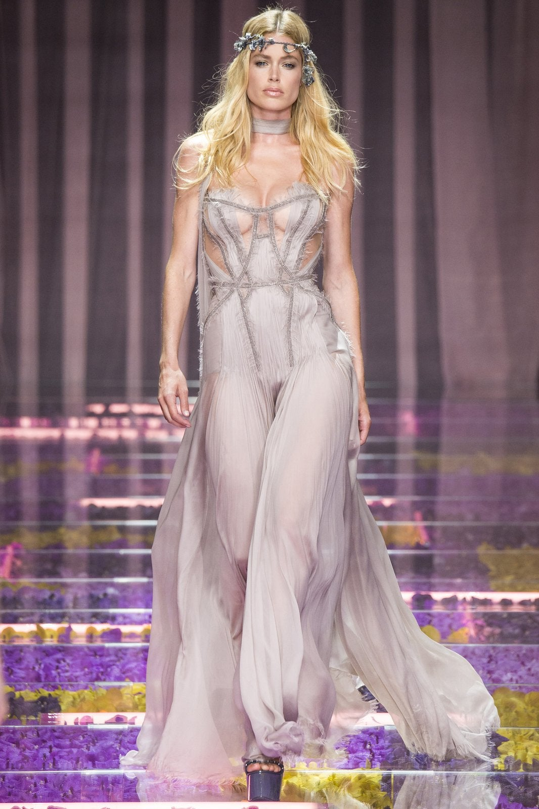versace-couture-fall-2015-38