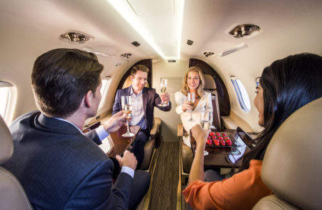 _nicholas-air-couples-onboard-phenom-100-i5p4282