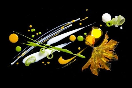 Alinea three-Michelin-starred restaurant in the United States, Chef Grant Achatz Chicago, Illinois (IL)