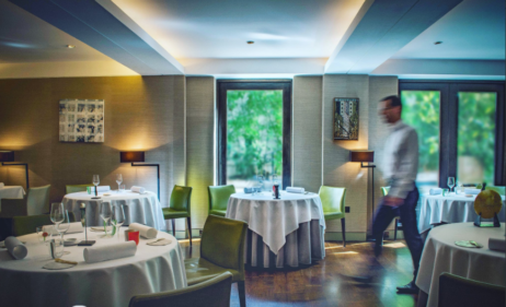three and two starred Michelin restaurants London, Greenhouse interior dining room