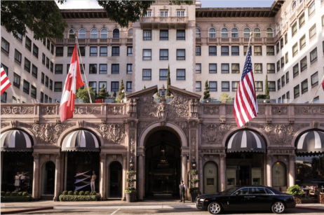 What Do Elvis Presley Warren Beatty And Queen Elizabeth Ii Have In Common All Stayed At The Beverly Wilshire Hotel Oozes Hollywood Glamour From