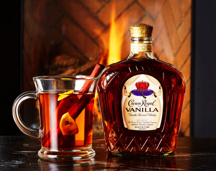 Crown Royal Vanilla Hot Toddy - Cocktail of the Week