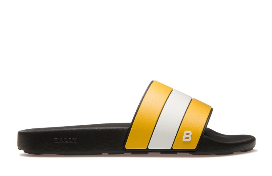 2460e6733827 The rubber  shower sandals  from your high school and college days were  retired