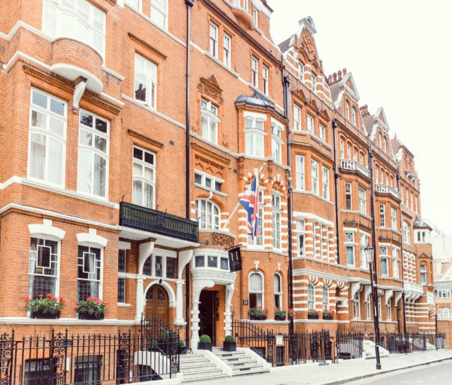 11 Cadogan Gardens Review