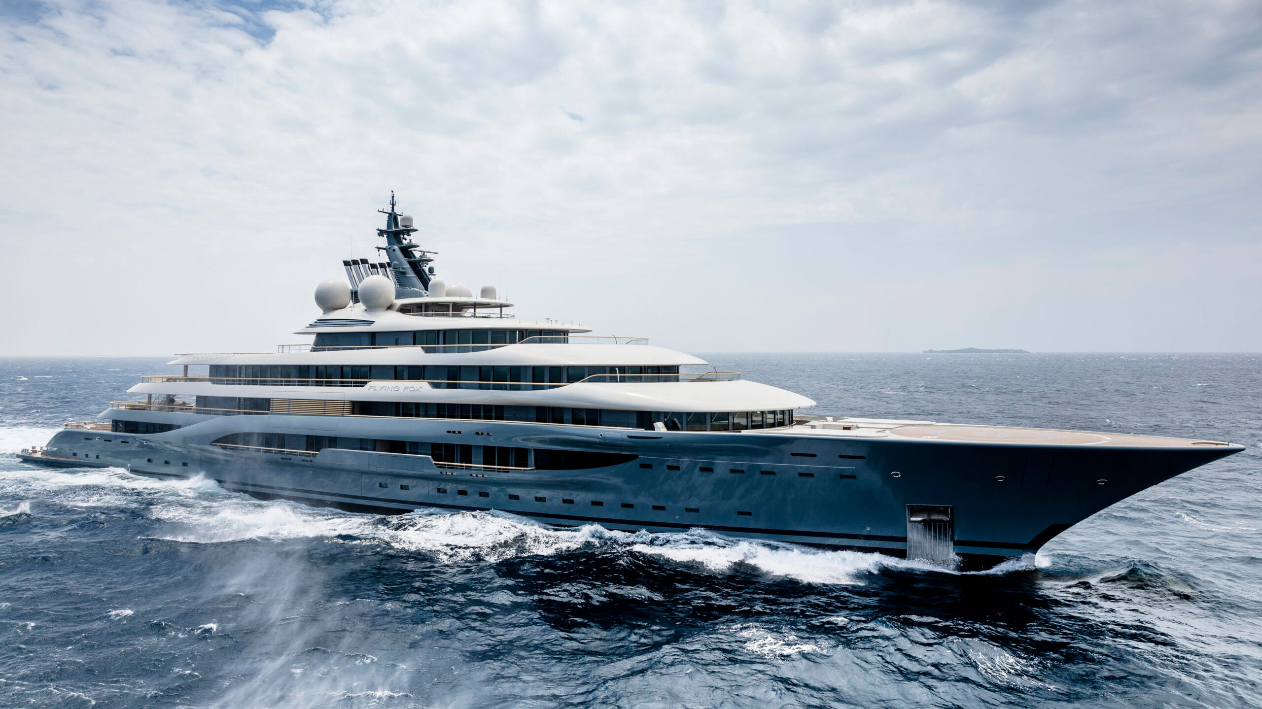 The Best Luxury Yacht Builders and Shipyards in the World