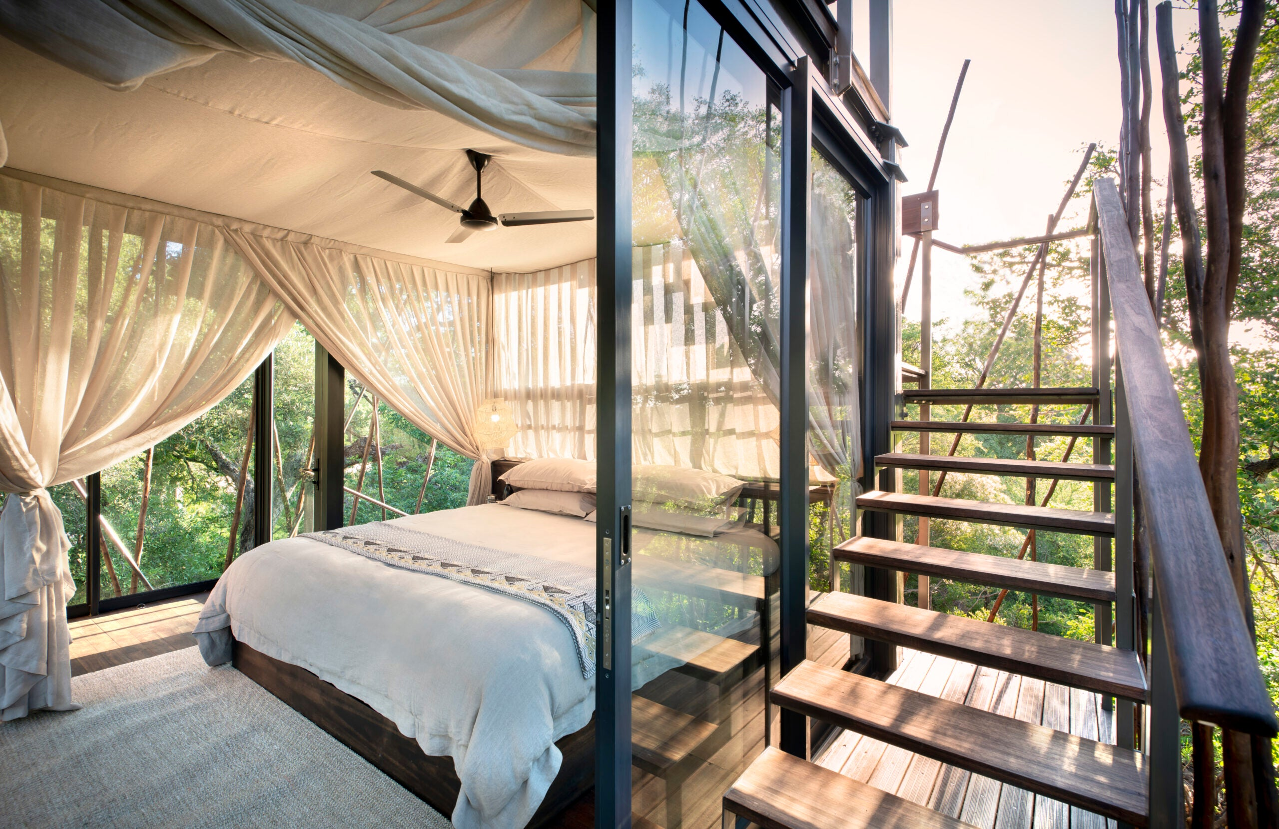 &Beyond Ngala Treehouse opening bedroom viewm