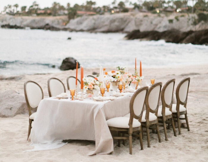 Esperenza beachside thanksgiving table