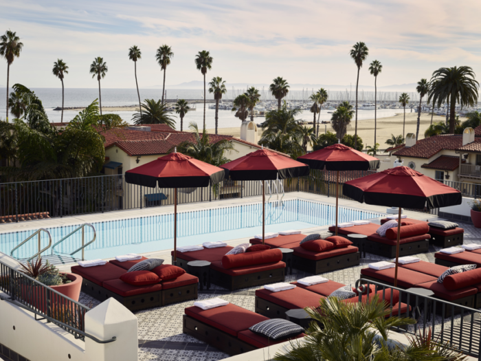 hotel Californian rooftop deck and pool