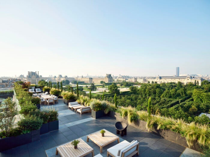 Rooftop terrace of the Belle Etoile Suite - Hotel Suites for Business