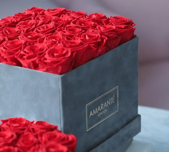amarante london infinity roses luxury Valentine's gift for her