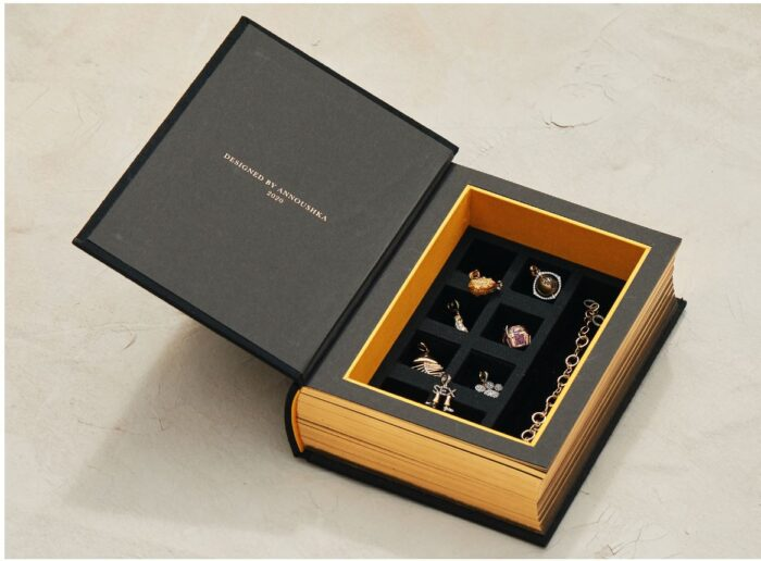 annoushka my life in seven charms presentation box