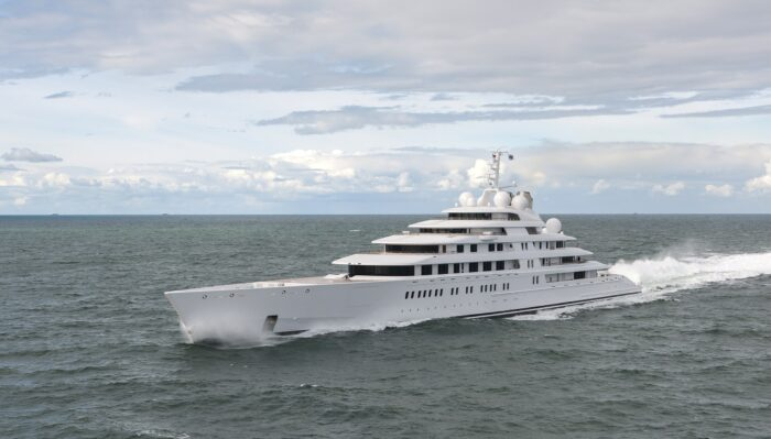 Azzam - one of the biggest superyachts in the world