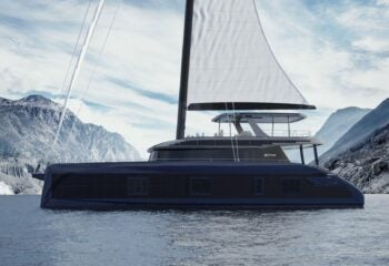 Sunreef 80 Eco sail up