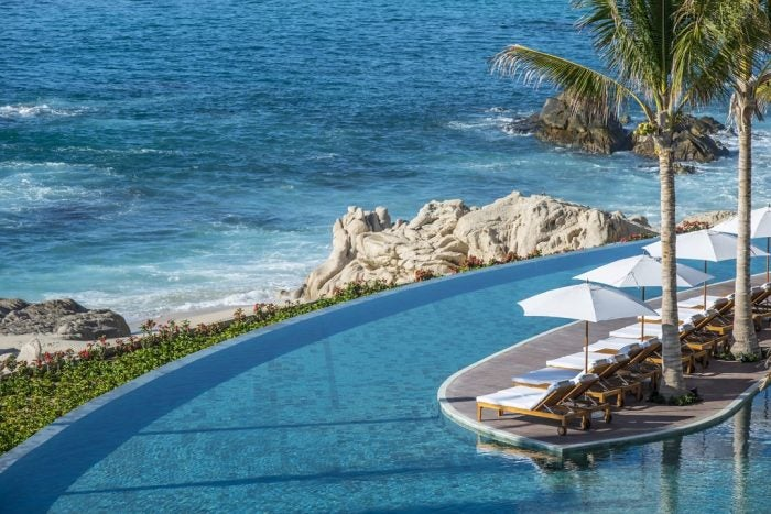 Infinity pool overlooking the beach - Grand Velas Los Cabos
