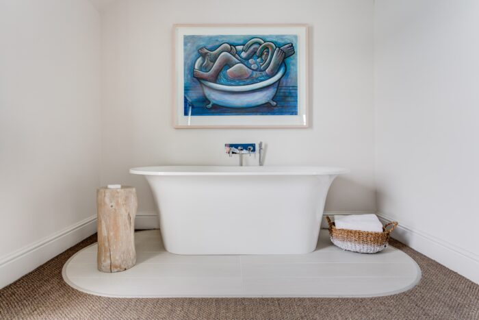 grand seaview room with roll top bath