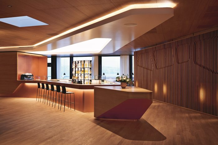 Swiss Airlines first class lounges