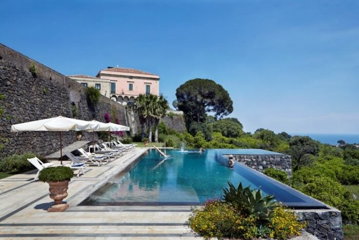 Cooking class in Sicily with Christian Puglisi - Pool at Villa