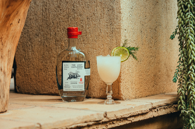 oaxacan spritz cocktail for mexican independence day