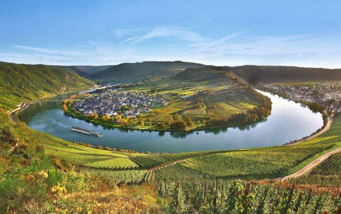 moselle loop river luxembourg